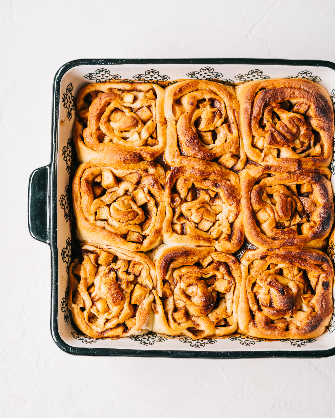 Apple Cinnamon Buns